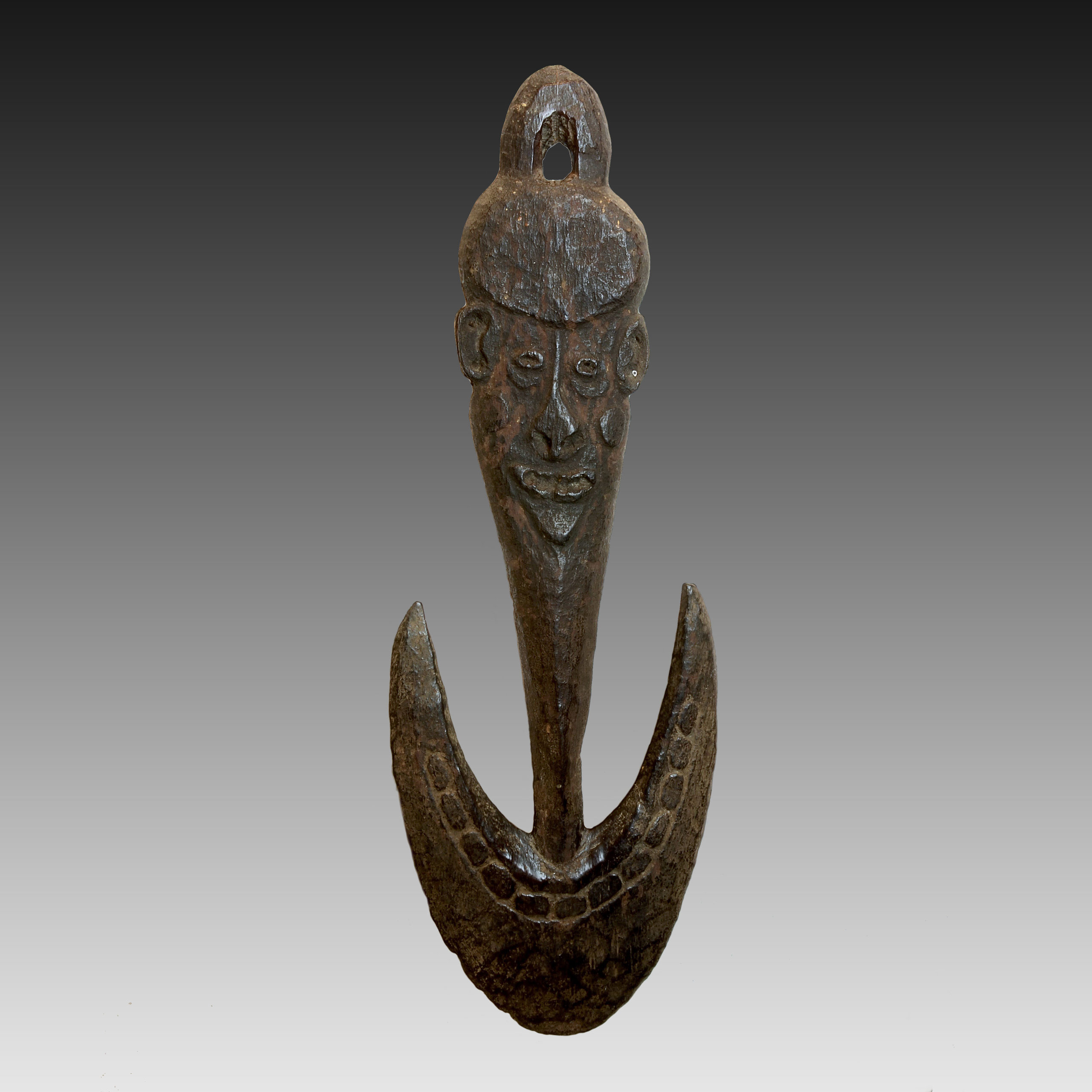 A Sepik suspension hook