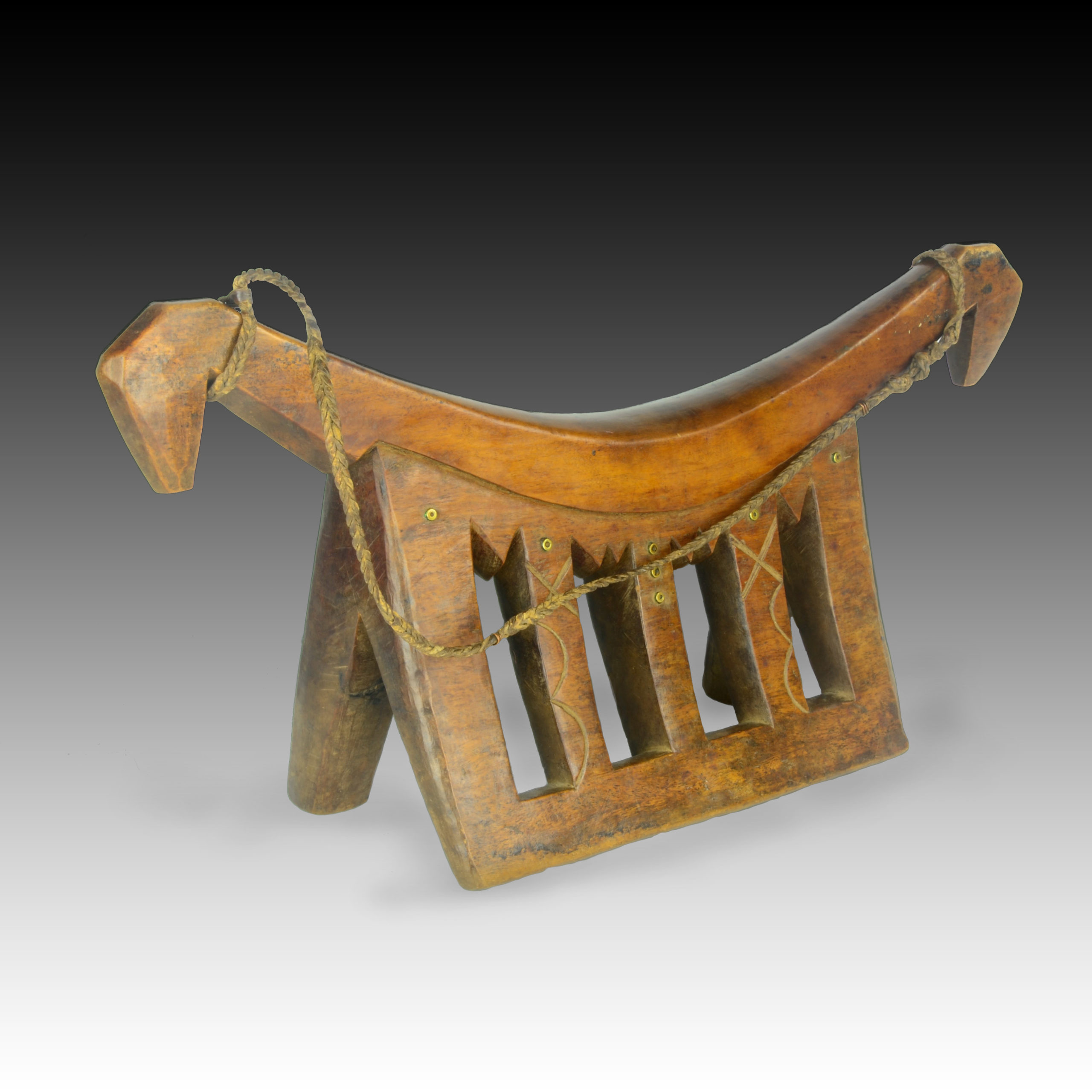 A Dinka headrest