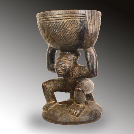 A Cameroon bowl bearer