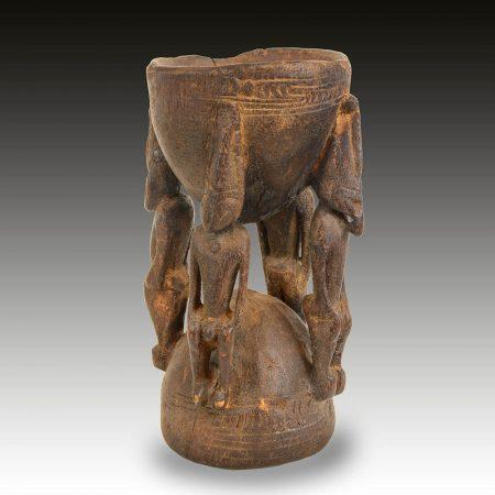 A Sepik betel nut morter